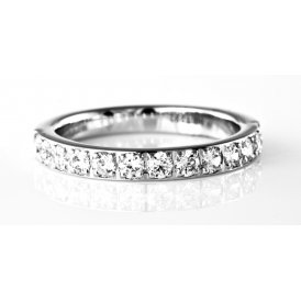 Brown & Newirth 13-Stone Diamond Wedding Ring M