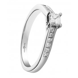 Brown & Newirth Fancy Princess Cut Diamond Solitaire Ring