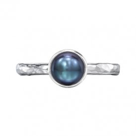 Dower & Hall Hammered Twinkle Pearl Ring Peacock N