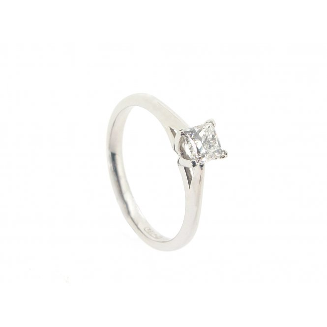 Maple Leaf 18ct White Gold Solitaire Diamond Ring